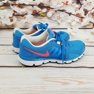 Nike dual fusion ST2 turquoise and coral shoes